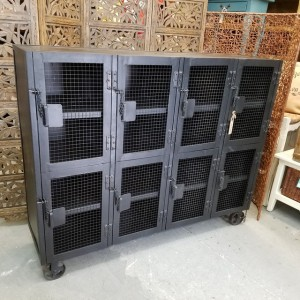 Gentil Industrial Cabinet On Wheels