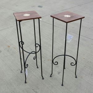 MC596 - Iron Table - $119