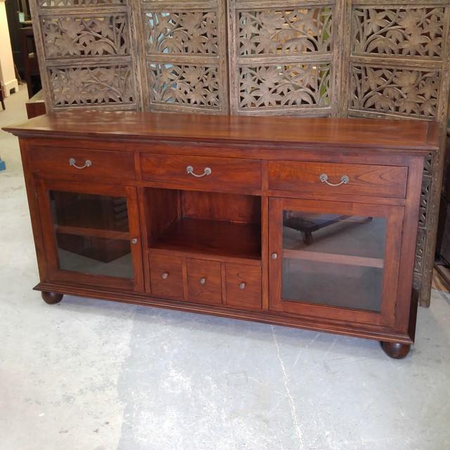 colonial sideboard nadeau charlotte. Black Bedroom Furniture Sets. Home Design Ideas