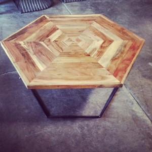 HW7027-coffee table