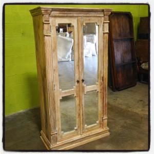 KA721 Mirrored Cabinet