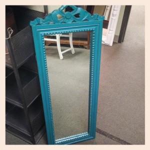 MI037 Turquoise Bow Mirror