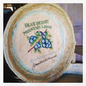 NE042 $15.00 Blueberry