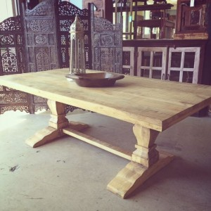 NT027-Mango-Dining-Table