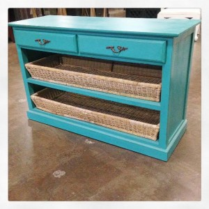 R011-Turquoise-Basket-Buffet