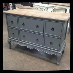YD1291-gray with driftwood top