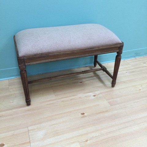 Small Upholstered Bench With Fluted Legs Nadeau Minneapolis