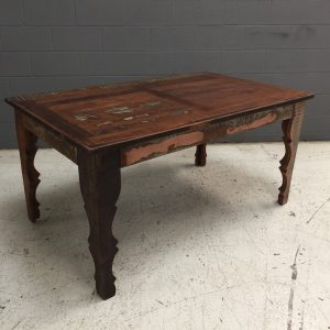 NK026_DINING TABLE