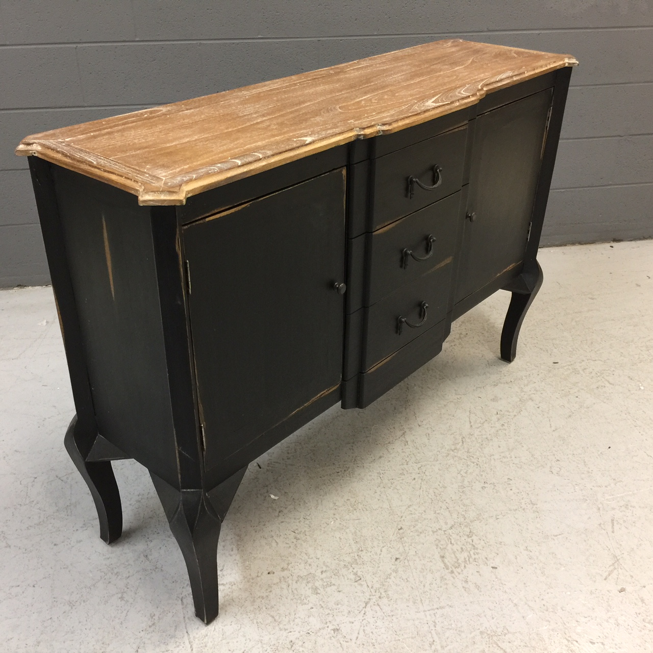 Buffet With Three Drawers And Two Doors Nadeau Nashville