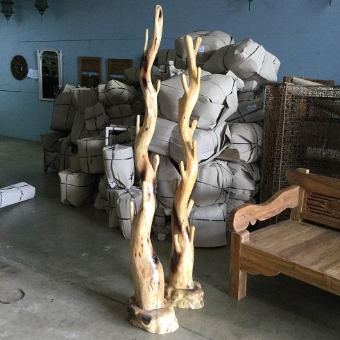Abstract Teak Wood Holder