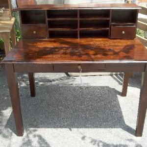 Desk PC351 $403