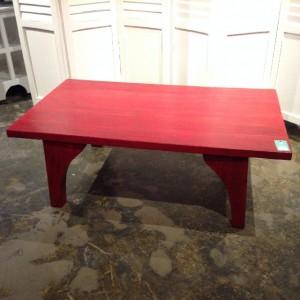 SU476 TABLE $221