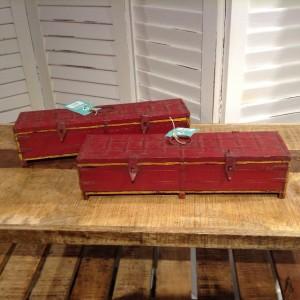 SU504 BOX $11