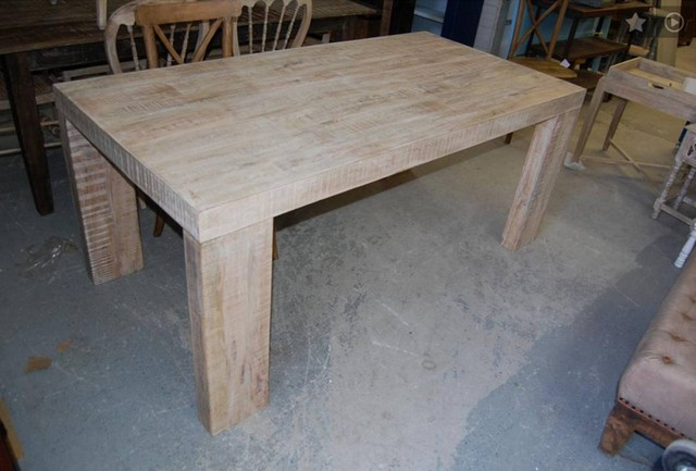 Dining Table Nadeau New Orleans : ka249 from www.furniturewithasoul.com size 640 x 433 jpeg 61kB