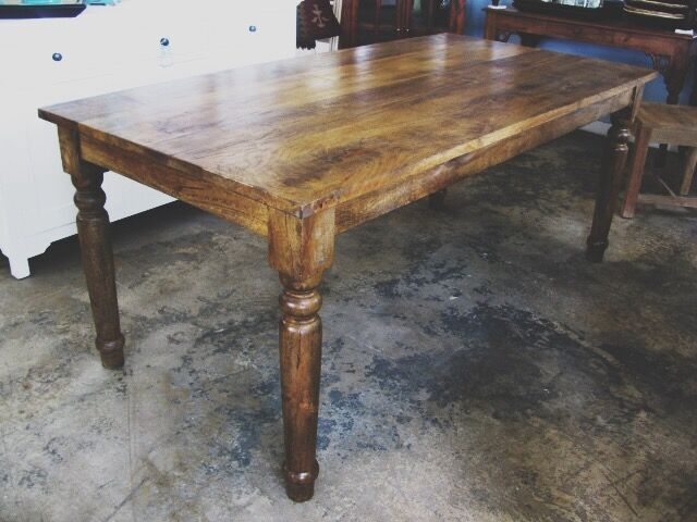 Dining Table Nadeau New Orleans : NK393 from www.furniturewithasoul.com size 640 x 480 jpeg 53kB