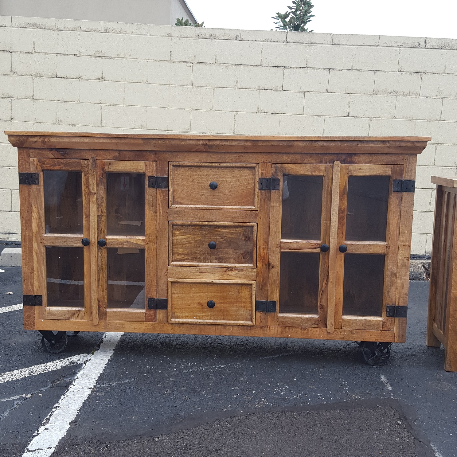 Industrial Buffet With Glass Doors And Metal Accents Nadeau Memphis # Buffet Metal Rouge