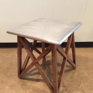 KA 753 Mast aluminum clad table $143