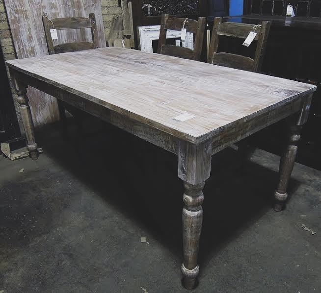 Perfect Farm Dining Table