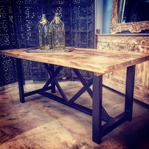 VA108-Dining-Table-Metal-Base