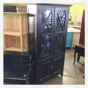 YD2970-Black-Cabinet