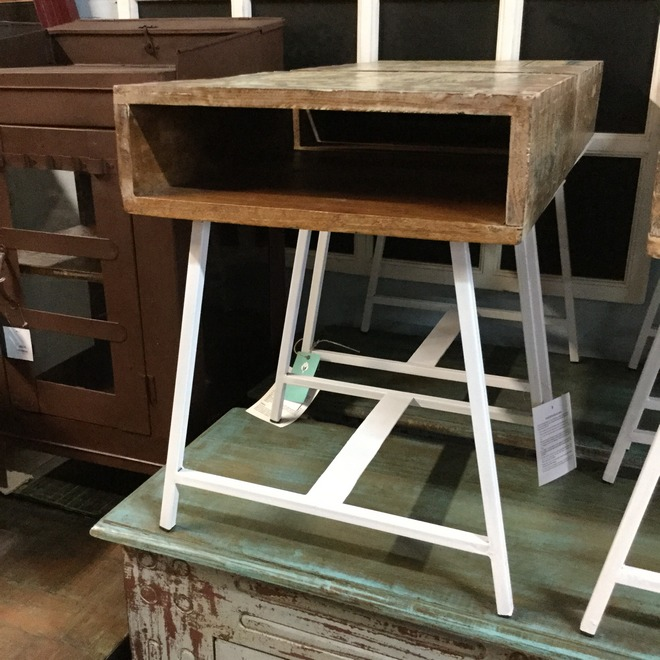 Reclaimed Wood Side Table - Nadeau Indianapolis . - Reclaimed Wood Indianapolis WB Designs