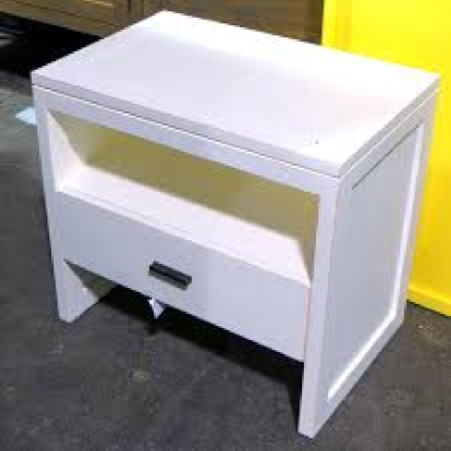 Single drawer bedside table nadeau indianapolis single drawer bedside table watchthetrailerfo