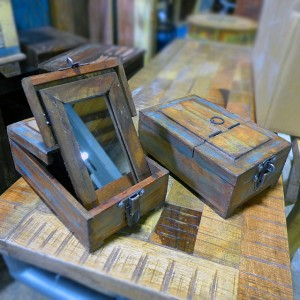 MirrorBoxes-NF039-$22ea